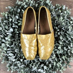 TOMS Gold Glitter Slip On Shoes (7W)